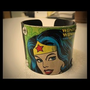 Jewelry - Handmade Wonder Woman vinyl record cuff